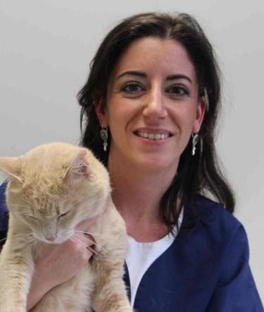 Veterinary Doctor Sophie LISBONNE